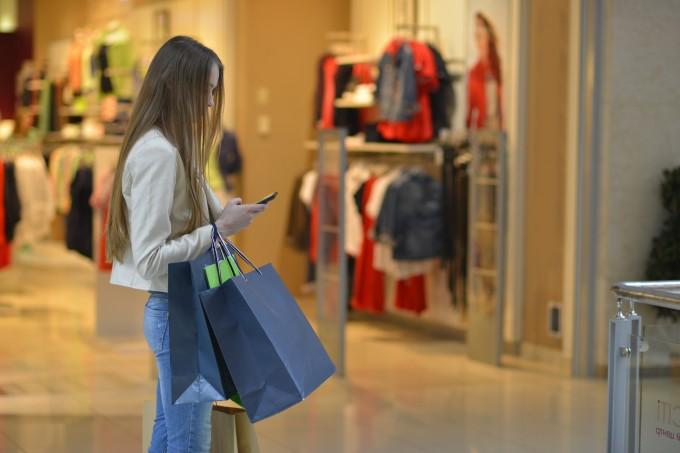 セレクトショップや飲食店などの販売に関するバイト
